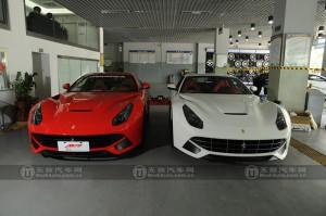 iPE フェラーリ F12 マフラー 装着