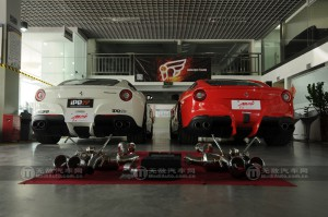 iPE フェラーリ F12 マフラー