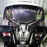 アウディ R8 V8 後期用 iPE製マフラーを装着