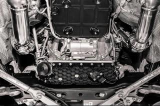 AMG C63 W205 用 iPE ダウンパイプ (スポーツ触媒)2