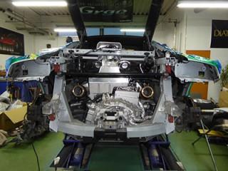 アウディ R8 V8 後期 iPE マフラー装着3