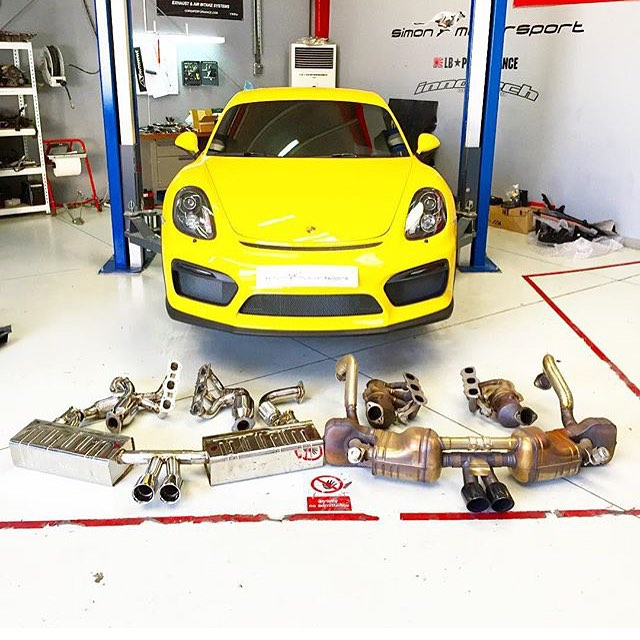 ポルシェ ケイマン GT4 社外 マフラー 可変バルブ 高音サウンド 取付け 世界初