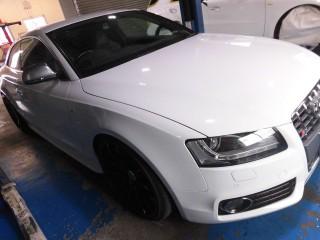 アウディ S5 B8 V8 (4200cc ) × iPE 可変バルブマフラー1